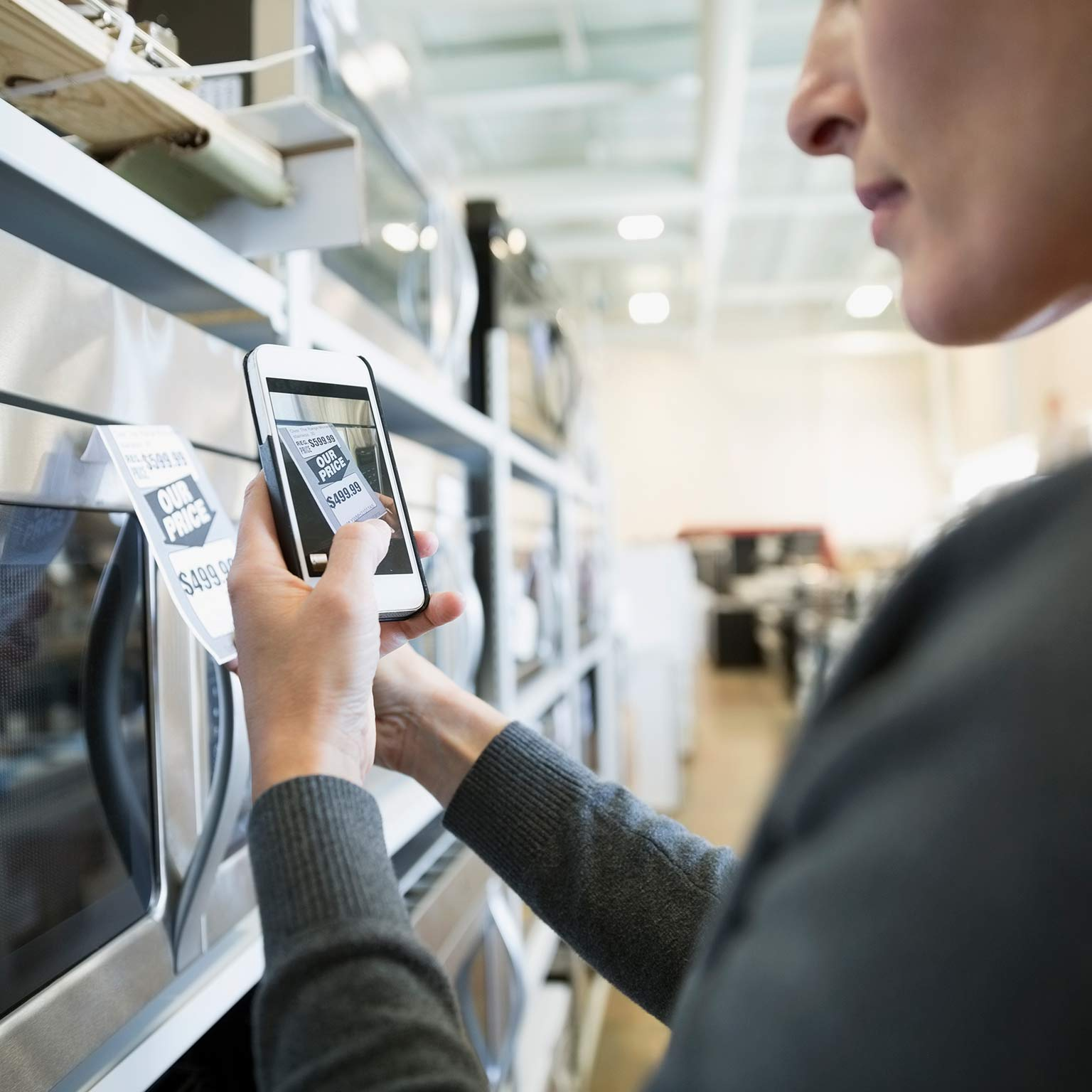 Rethinking customer journeys with the next-generation operating model