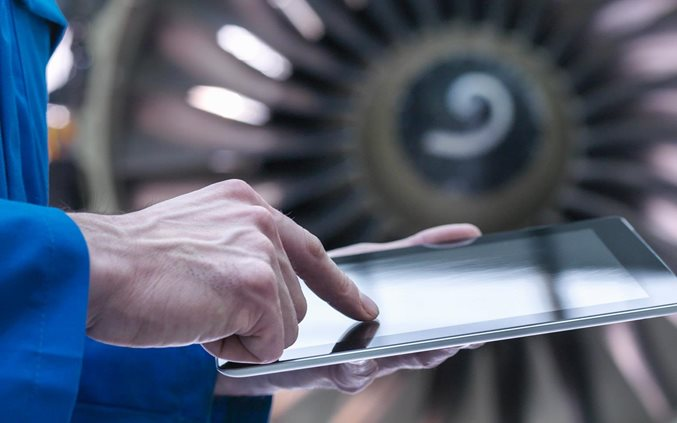 Five keys to digitizing aerospace and defense companies