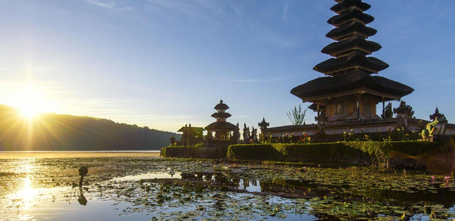 JPG_Life-Journey-Indonesia_1536x1536_300_Standard