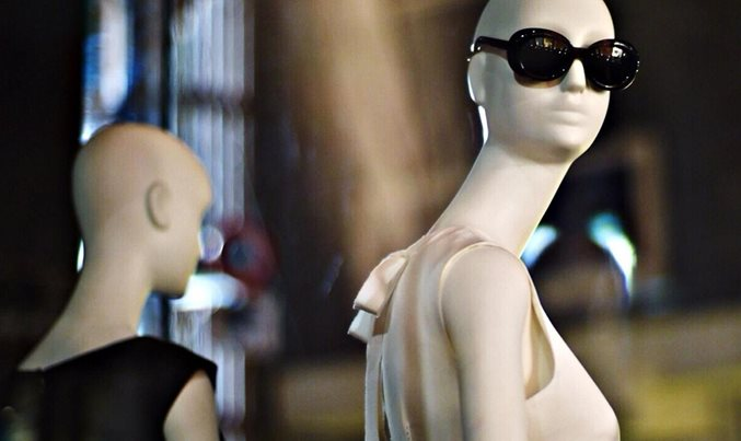 The two faces of fashion-industry performance